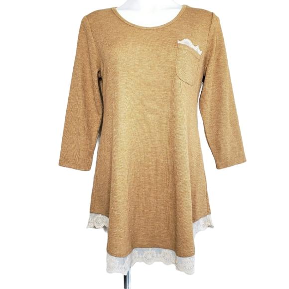 LOGO | Tan Waffle Knit Lace 3/4 Sleeved Tunic M